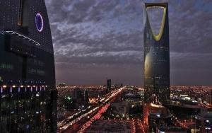 يشمل فنادق ومهابط طائرات.. صندوق الاستثمارات السعودي يطلق مشروعًا سياحيًا جديدًا