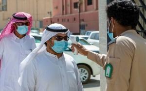 """السعودية تسجل 927 إصابة و12 وفاة جديدة بـ""""كورونا"""".. الجمعة"""